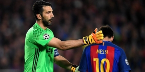 Messi se volvió a quedar en blanco frente a Gianluigi Buffon